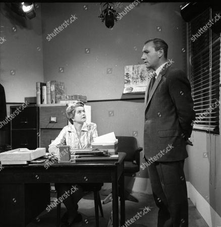 Daphne Oxenford (as Esther Hayes) and Denis Holmes (as Brian Foley)