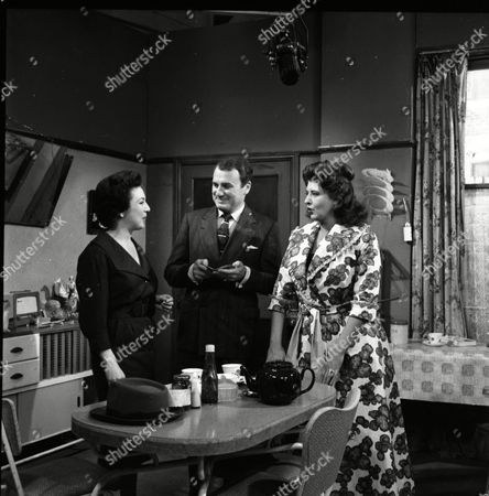 Joan Francis (as Dot Greenhalgh), Donald Morley (as Walter Fletcher) and Pat Phoenix (as Elsie Tanner)