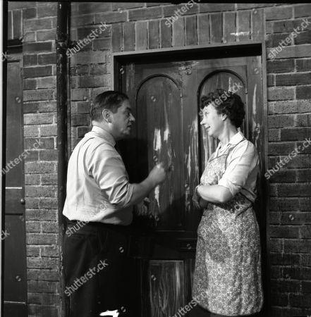 Frank Pemberton (as Frank Barlow) and Noel Dyson (as Ida Barlow)