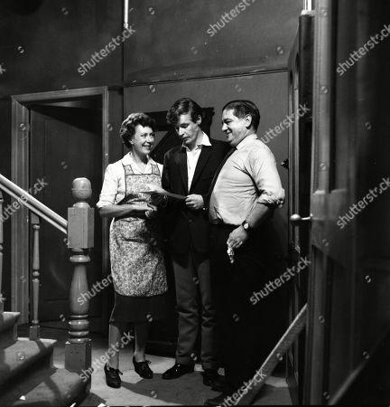 Noel Dyson (as Ida Barlow), William Roache (as Ken Barlow) and Frank Pemberton (as Frank Barlow)