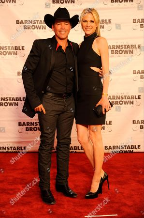 Clay Walker (left) Jessica Walker arrive at the 2015 Barnstable Brown Gala at Patricia Barnstable Brown's Mansion, in Louisville, Ky