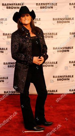 Terri Clark arrives at the 2015 Barnstable Brown Gala at Patricia Barnstable Brown's Mansion, in Louisville, Ky