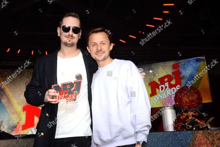 Stock Picture of Robin Schulz (NRJ DJ Award Honor) and Martin Solveig