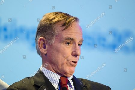 Howard Dean speaks at the Geisinger's National Healthcare Symposium in Danville, Pa