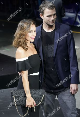 Nazan Eckes and Julian Khol
