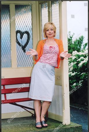 Mari Wilson Who Plays Dusty Springfield In A Musical 'dusty - The Musical' At The Churchill Theatre In Bromley.