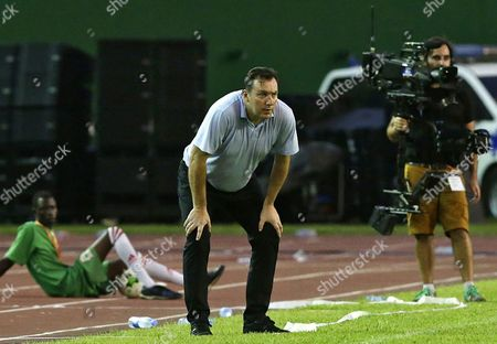 Ivory Coast's head coach Marc Wilmots watches during the FIFA World Cup 2018 qualification match between the Ivory Coast and Morocco in Abidjan, Ivory Coast, 11 November 2017.