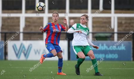 Nikita Whinnett of Crystal Palace Ladies battles for the ball with Tiffany Taylor of Chichester City Ladies during The Women's Premier League South match between Crystal Palace Ladies and Chichester City Ladies, 12th November 2017 at Hayes Lane Stadium, Bromley.