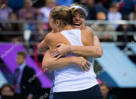 Shelby Rogers & Coco Vandeweghe of the United States celebrate winning the 2017 Fed Cup Final between Belarus and the United States