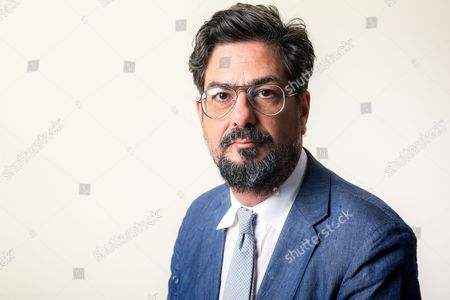 """Roman Coppola, executive producer of the Amazon series """"Mozart in the Jungle,"""" poses for a portrait during the 2016 Television Critics Association Summer Press Tour at the Beverly Hilton, in Beverly Hills, Calif"""