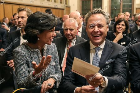 Ana Botin (L) Group Executive Chairman of Banco Santander prior to the ceremony to present the award 'European Banker of the Year 2016' to Ralph Hamers (R), CEO & Chairman Executive Board of ING Group, in the Emperor Hall (Kaisersaal) of the Frankfurt Roemer in Frankfurt Main, Germany, 13 November 2017. Ralph Hamers, CEO & Chairman Executive Board, ING Group, has worked for the company since 1991, and has headed the financial enterprise since 2013. As part of reasons for awarding the title, the awarding jury said ?under Hamers? leadership, ING has invested heavily in online banking and is considerably ahead of the curve when it comes to banking digitisation. The jury also said the bank impresses with its visionary applications and always stays up to date with the latest technological trends. In contrast to the general trend in the industry, ING?s German subsidiary once again achieved a record result for the 2016 financial year. Earnings after tax rose by 14 per cent to 859 million Euros.