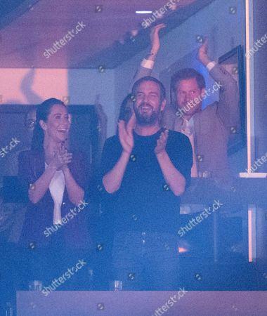 Prince Harry, Meghan Markle, Doria Ragland, Jessica Mulroney and Markus Anderson at the Air Canada Centre