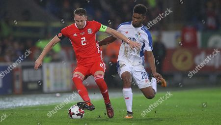 Chris Gunter of Wales and Ricardo Avila of Panama in action