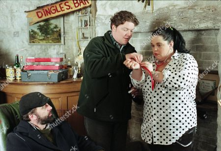 Ep 2321 Tuesday 10th February 1998 Knocked unconscious by Lord Alex's men during a diamond heist, Zak's cut head is treated by Paddy - With Paddy Kirk, as played by Dominic Brunt ; Zak Dingle, as played by Steve Halliwell ; Mandy Dingle, as played by Lisa Riley.
