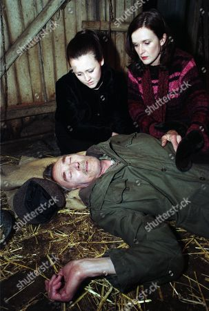 Ep 2323 Thursday 12th February 1998 Heather, Lynn and Kirsty find Outhwaite unconscious in a barn next to an eviction notice - With Jed Outhwaite, as played by Tony Melody; Lyn Hutchinson, as played by Sally Walsh; Heather Hutchinson, as played by Siobhan Finneran ; Kirsty Hutchinson, as played by Anne Marie Jowett.