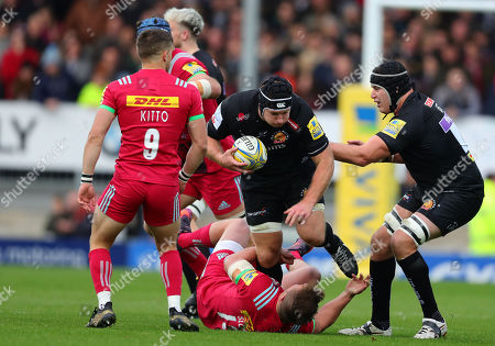 Thomas Waldrom of Exeter Chiefs is tackled by Harry Sloan of Harlequins during the Aviva Premiership match between Exeter Chiefs and Harlequins at Sandy Park on November 19th 2017 , Exeter, Devon (
