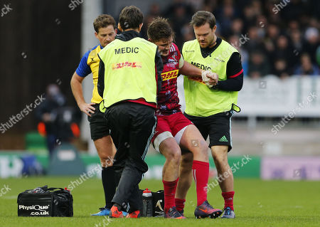 Harry Sloan of Harlequins comes off the pitch after receiving an injury during the Aviva Premiership match between Exeter Chiefs and Harlequins at Sandy Park on November 19th 2017 , Exeter, Devon (
