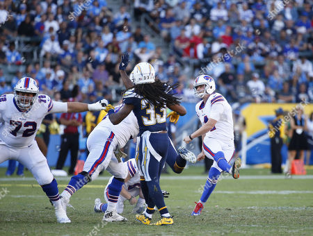Buffalo Bills kicker Stephen Hauschka #4 kicks a field goal during the football game between the Buffalo Bills and the Los Angeles Chargers at the StubHub Center in Carson, California