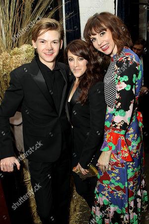 Thomas Sangster, Samantha Soule, Audrey Moore