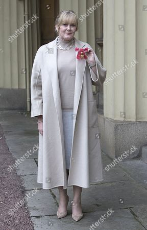 Sarah Lancashire with her OBE