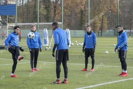 (L-R) Basel's Omar Gaber, Alexander Fransson, Manuel Akanji, Kevin Bua and Mohamed Elyounoussi attend a training session in Basel, Switzerland, 21 November 2017. FC Basel 1893 play Manchester United on 22 Novemver 2017 in an UEFA Champions League group stage match.