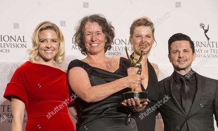 Stock Picture of Beatrice Kramm, Lucia Haslauer winner short form series and Helene Yorke, Freddy Rodriguez