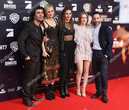 (L-R) German director Fatih Akin, German actresses Diane Kruger, Samia Chancrin and Hanna Hilsdorf and German actor Denis Moschitto pose on the red carpet at the premiere of the movie 'Aus dem Nichts' (In the Fade) in Hamburg, Germany, 21 November 2017. Many scenes of the film were shot in Hamburg. The film opens in German theaters on 23 November.