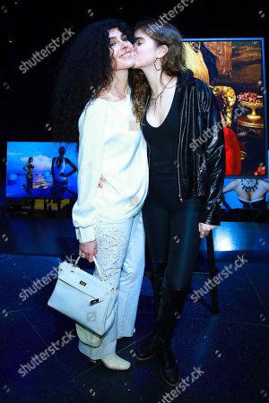 Janine White mit Tochter Gloria