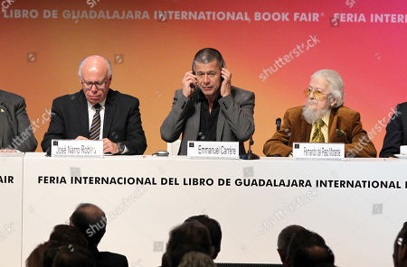 French writer Emmanuel Carrere (C), winner of the FIL Award of Romance Languages, Federal Secretary of Health Jose Narro (L) and Mexican writer Fernando del Paso (R) paricipate at the opening of the International Book Fair (FIL) of Guadalajara, Jalisco, Mexico, 25 November 2017. The 31st edition of the FIL has Madrid as guest of honor.