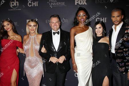 Pia Wurtzbach, LeLe Pons, Ross Mathews, Wendy Fitzwilliam, Megan Olivi and Jay Manuel