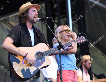Kevin Drew, left, and Emily Haines of Broken Social Scene perform on day one of the inaugural 2017 Arroyo Seco Music Festival, in Pasadena, Calif