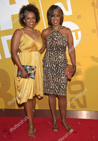 Gayle King, right, and her daughter Kirby Bumpus arrive at the NBA Awards at Basketball City at Pier 36, in New York