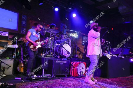 The Roots' Black Thought, right, and Captain Kirk Douglas performs during the Bud Light x The Roots and Friends Jam Session at 800 Congress during the South by Southwest Music Festival, in Austin, Texas