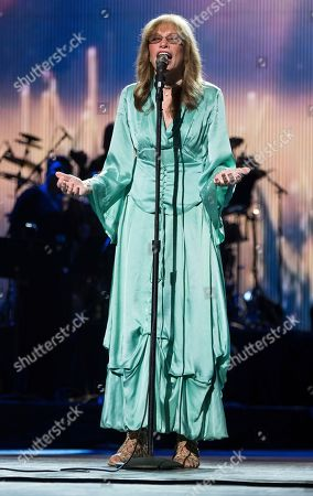 "Carly Simon performs at the world premiere of ""Clive Davis: The Soundtrack of Our Lives"" at Radio City Music Hall, during the 2017 Tribeca Film Festival, in New York"