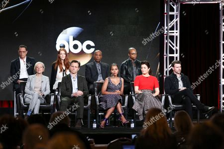 "Josh Malina, from left, Darby Stanchfield, Joe Morton, Cornelius Smith, Jr., Betsy Beers, Tony Goldwyn, Kerry Washington, Bellamy Young and Scott Foley attend the ""Scandal"" panel at the Disney/ABC portion of the 2017 Winter Television Critics Association press tour, in Pasadena, Calif"