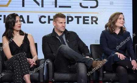 """Michaela Conlin, from left, David Boreanaz and Emily Deschanel appear at the """"Bones"""" panel during the FOX portion of the 2017 Winter Television Critics Association press tour, in Pasadena, Calif"""