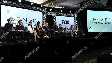 """Stock Picture of Eric Millegan, from left, John Boyd, Tamara Taylor, Michaela Conlin, David Boreanaz, Emily Deschanel, Creator/Executive Producer Hart Hanson, executive producers Jonathan Collier, from left, Michael Peterson and Randy Zisk appear at the """"Bones"""" panel during the FOX portion of the 2017 Winter Television Critics Association press tour, in Pasadena, Calif"""