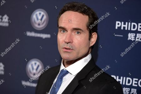 Jason Patric arrives at the 21st annual Huading Global Film Awards at The Theatre at Ace Hotel, in Los Angeles