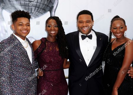 Nathan Anderson, from left, Alvina Stewart, Anthony Anderson, and Kyra Anderson arrive at the 48th annual NAACP Image Awards at the Pasadena Civic Auditorium, in Pasadena, Calif