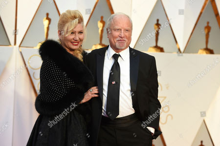 Svetlana Erokhin, left, and Richard Dreyfuss arrive at the Oscars, at the Dolby Theatre in Los Angeles