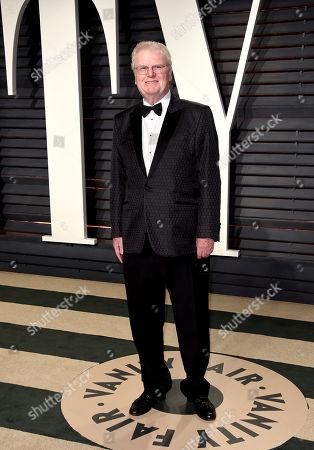 Howard Stringer arrives at the Vanity Fair Oscar Party, in Beverly Hills, Calif