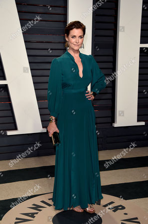 Carey Lowell arrives at the Vanity Fair Oscar Party, in Beverly Hills, Calif