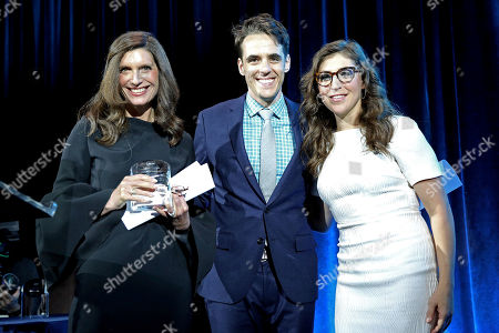 Neuroscientist and actress, Mayim Bialik poses with Stacey Mindich and Steven Levinson, accepting the JED Media Award for Leadership in Mental Health on behalf of the original Broadway musical, Dear Evan Hansen at the 2017 JED Gala on in New York. JED exists to protect emotional health and prevent suicide for our nation's teens and young adults