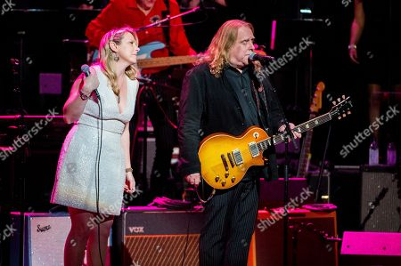 Susan Tedeschi, left, and Warren Haynes perform at Love Rocks NYC! at the Beacon Theatre on in New York