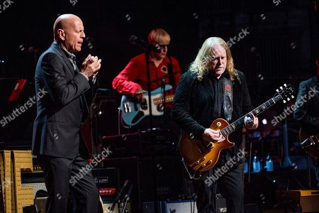 Bruce Willis, left, and Warren Haynes perform at Love Rocks NYC!, a Benefit Concert for God's Love We Deliver, at the Beacon Theatre on in New York