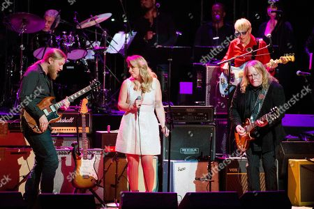 Derek Trucks, from left, Susan Tedeschi and Warren Haynes perform at Love Rocks NYC!, a Benefit Concert for God's Love We Deliver, at the Beacon Theatre on in New York