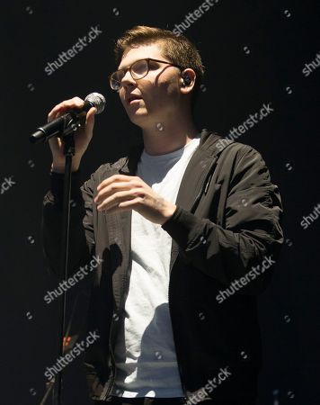 """Singer-songwriter Kevin Garrett performs in concert as the opening act for Mumford & Sons during their """"Wilder Mind Tour"""" at the BB&T Pavilion, in Camden, N.J"""