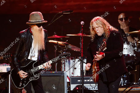 "Billy Gibbons, left, and Warren Haynes perform at the concert ""Sing me Back Home: The Music of Merle Haggard"" at Bridgestone Arena, in Nashville, Tenn"