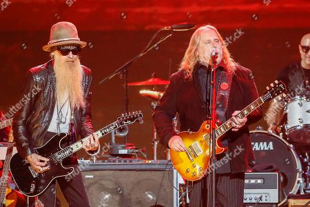 "Billy Gibbons, left, and Warren Haynes perform at the concert ""Sing me Back Home: The Music of Merle Haggard"" at the Bridgestone Arena, in Nashville, Tenn"