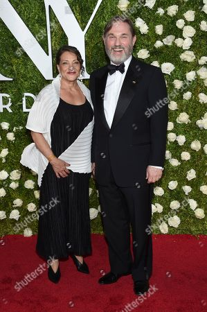 Richard Thomas, right, and Georgiana Bischoff arrive at the 71st annual Tony Awards at Radio City Music Hall, in New York